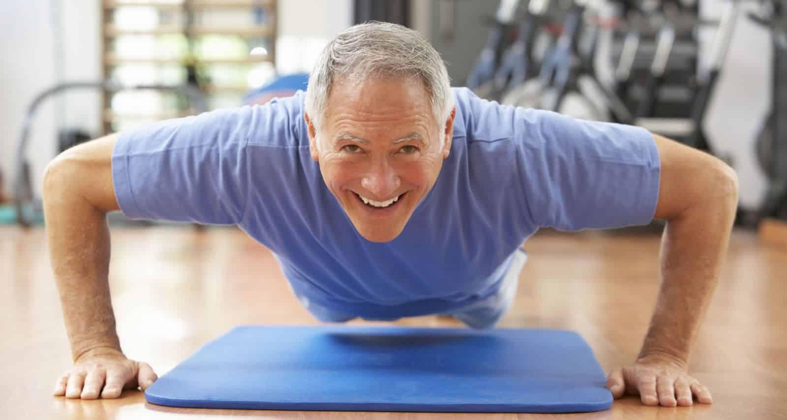 Querido Papá, por qué deberías ir al gimnasio | Entrenamiento con pesas para mayores de 60 años 1